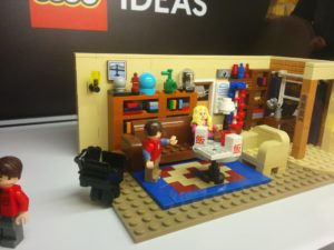 The Big Bang Theory im LEGO Store Köln