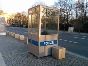 TARDIS vor dem Reichstag