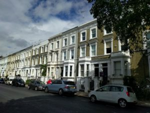 Wohnhäuser in Reihe, Teil 2.