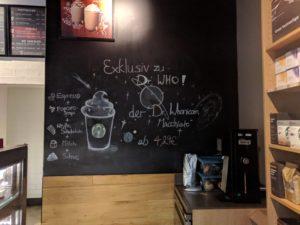 """Doctor Whovicorn Macchiato"" bei Starbucks."