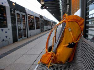 Mainz Hauptbahnhof, Gleis 3, Abschnitt B, Warten ...