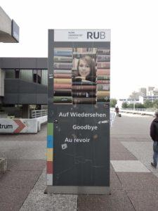 Auf Wiedersehen, Goodbye, Au revoir RUB