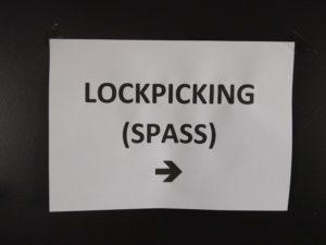 Natürlich Lockpicking mit SPASS (Schlösser Picken Als Schweizer Sport)