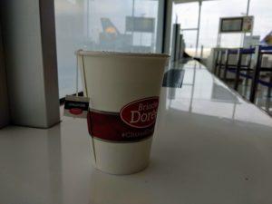 Tee im Aéroport de Paris-Charles-de-Gaulle.