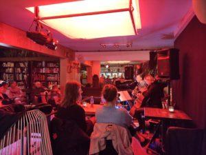 Café de Loge. Tim De Roo & Carolina.